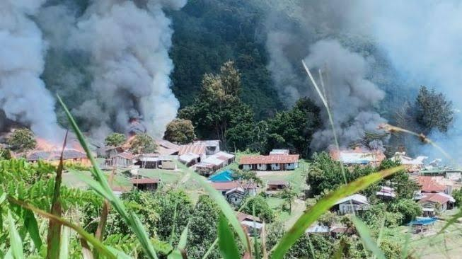 Kisah Pilu Nakes Cantik Diserang dan Dilecehkan KKB Papua, Ditemukan Tewas di Jurang