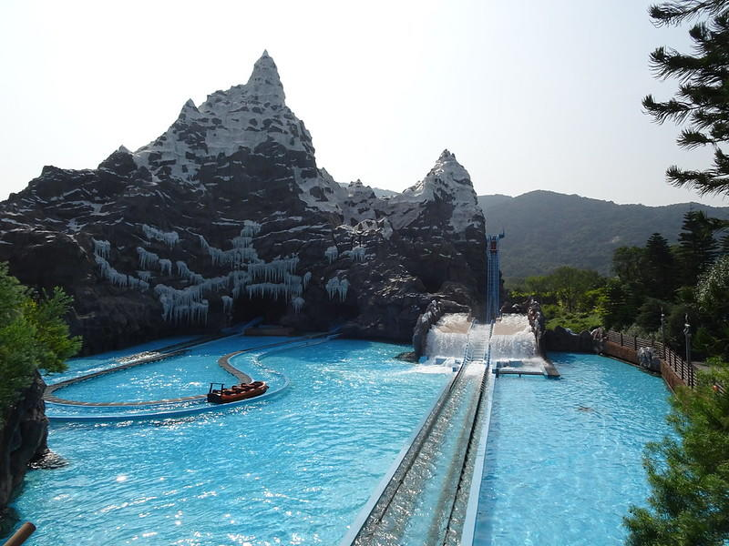 WOW !!! Chimelong Ocean Kingdom, Memiliki Aquarium Terbesar Di Dunia? Cekidot !