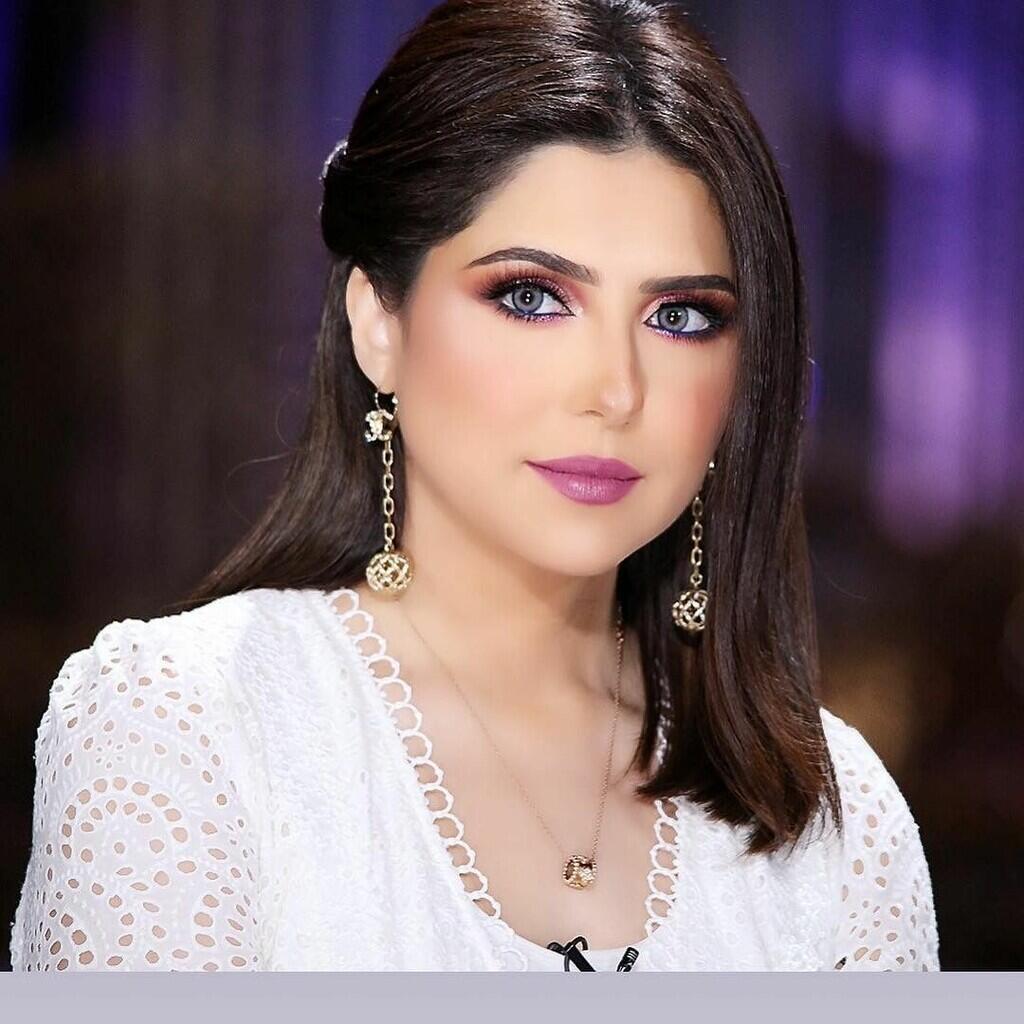 Seksi & Misterius, Inilah 7 Perempuan Kuwait Paling Hot, Kamu Pilih Yang Mana?