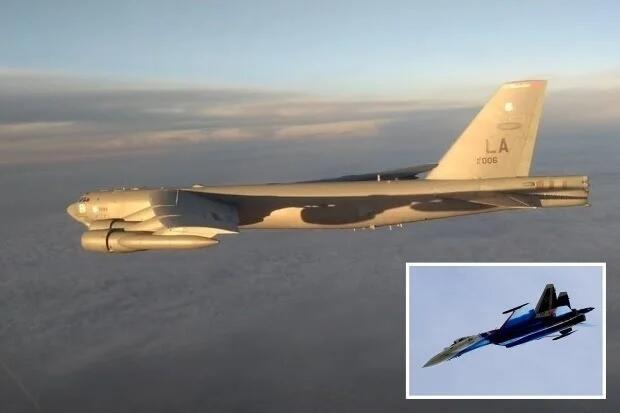 Si Kakek Tua Kembali Berulah, Rusia Mengutus Tiga Su-35 Untuk Mencegatnya