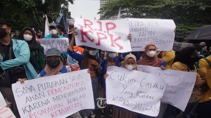 Mahasiswa Demo Di Masa Pandemi, Untuk Siapa?