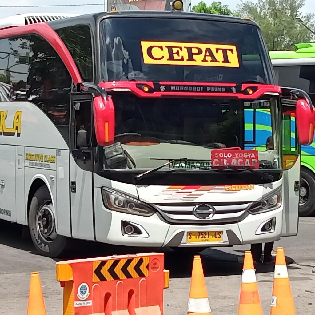 Tiga Produk Bigbus Hino yang Paling Laku di Segmen Bus AKAP & Pariwisata Indonesia