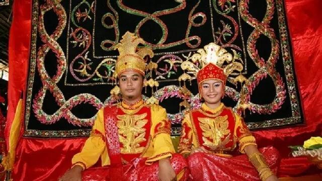 Nikah Kok Biasa Aja? Inilah Prosesi dan Ritual Pernikahan Paling Unik di Dunia