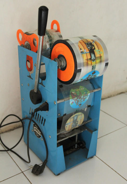 Mesin Cup Sealer Eton