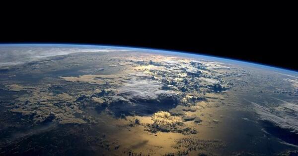 ternyata-jupiter-dan-venus-merusak-orbit-bumi