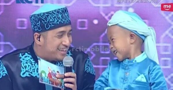 tingkah-polos-dan-lucu-bocah-5-tahun-di-hafiz-indonesia