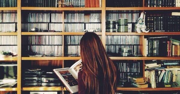 banyak-orang-tetap-bodoh-walau-membaca-buku