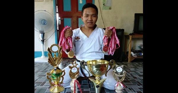 5-fakta-fauzan-juara-karate-dunia-yang-berbanding-terbalik-dengan-nasib-zohri
