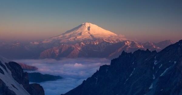 bikin-tenang-7-pegunungan-paling-indah-di-rusia-minat-kesana