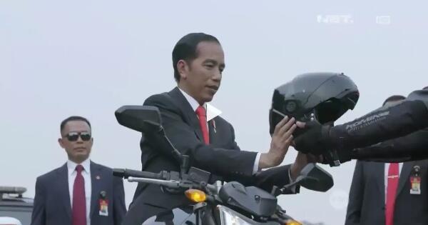 alasan-paspampres-memakai-kacamata-hitam-amp-presiden-jokowi-di-asian-games-2018