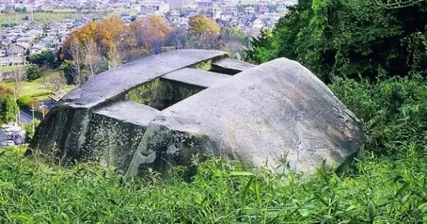 mirip-bentuk-ufosiapa-yang-membuat-bangunan-kuno-misterius-ini