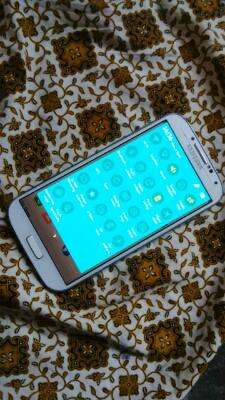 SAMSUNG GALAXY S4 WHITE FROST BANDUNG
