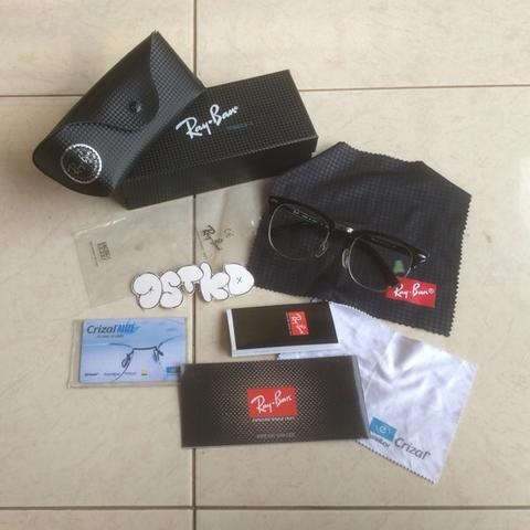 wts rayban club master include lensa essilor