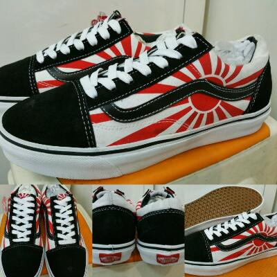 Sepatu Vans Oldskool Hosoi Japan Flag Black Red
