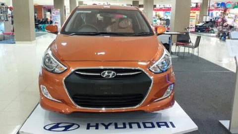 Hyundai Grand Avega limited mt golden oranye