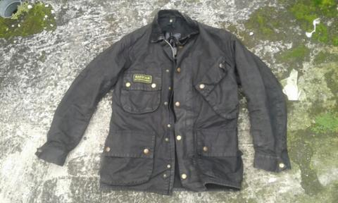 Barbour international wax jaket (bukan stone island adidas )