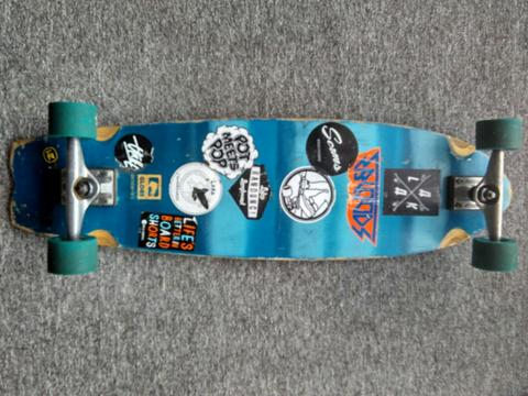 CRUISEBOARD GLOBE CHROMANTIC BLUE 33'
