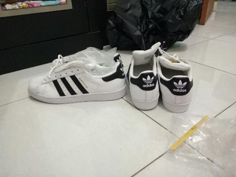 Adidas superstar foundation pack original.