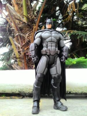 Action figure batman origin