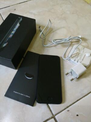 Iphone 5 16Gb Black Mati Fullset, Muncul Logo Apple...