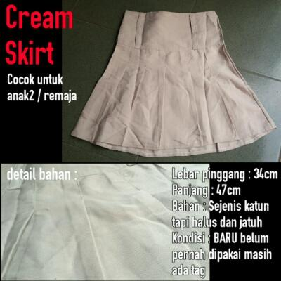 [Preloved] Cream Skirt Rok Anak/Remaja