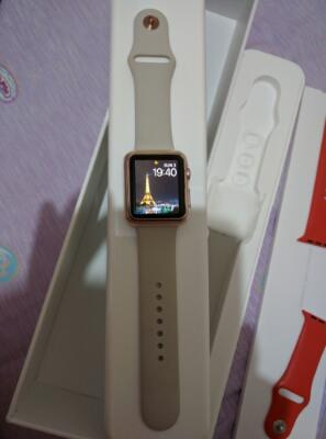 Apple watch sport 42mm Rose Gold like NEW