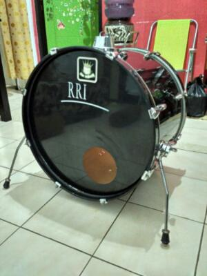 Bass drum accent by Ludwig