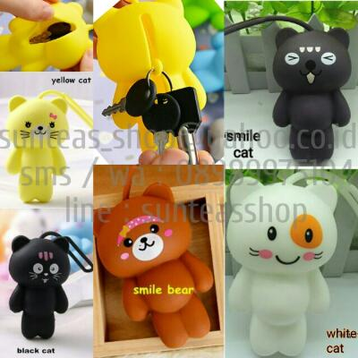 Cute keychain furball and sillicon key wallet. Import. Murah