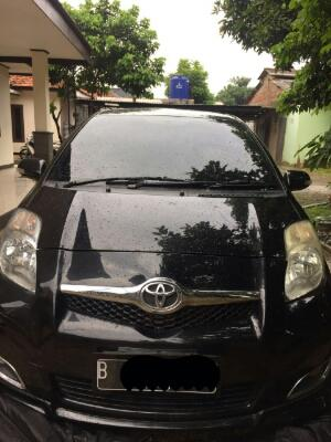 YARIS S LIMITED 2009