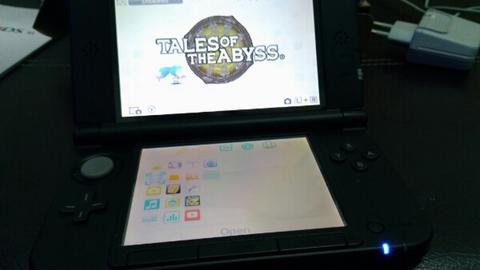 old Nintendo 3ds XL + sky3ds+ card