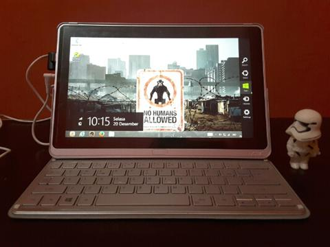 Acer Aspire P3 i5 Touchcreen Hybrid Tablet