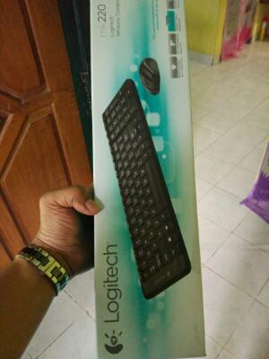 keyboard dan mouse wirelles logitec