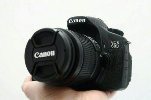 Canon 60D + 18-55mm IS II Mulusss!!!