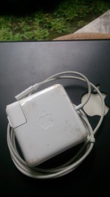 Original Magsafe 1 60W For Macbook(Segel Plastik Blm Dibuka)