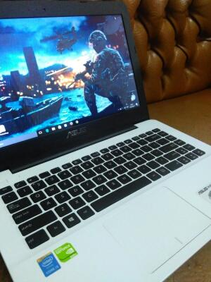 Asus A455L intel Core i3 4005u Haswell mulus like new!