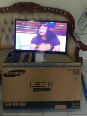Tv LED Samsung seri 4000 FULSET