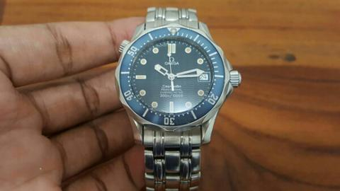 omega seamaster james bond blue wave dial automatic