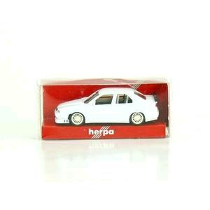 Herpa 1/87 Scale Alfa Romeo 156 Race Car