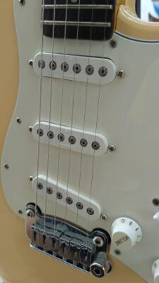 Gitar G&L Tribute S500 / GnL S-500 High Spec Reasonable Price