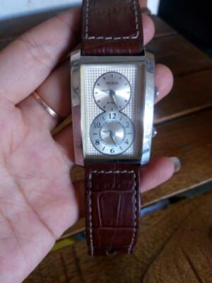 Jam tangan Guess steel dual time