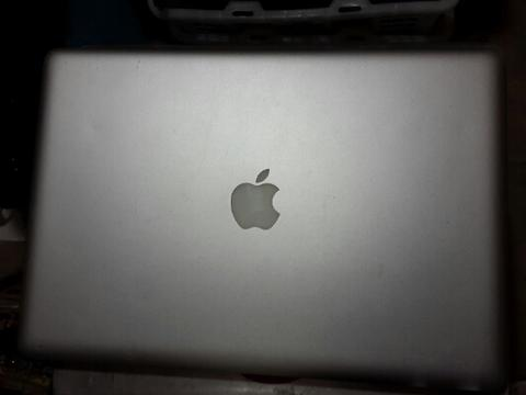 laptop macbook pro matot