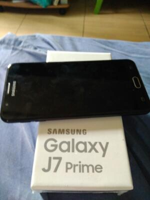 samsung galaxy j7 prime black like new