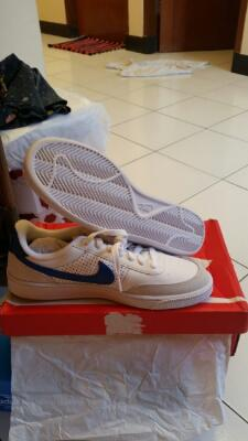 Nike Grand Terrace ( Putih ) & Sweeper ( biru )