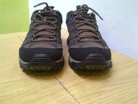 Merrell Moab GORE-TEX® XCR® Shoes – Waterproof Dura Leather