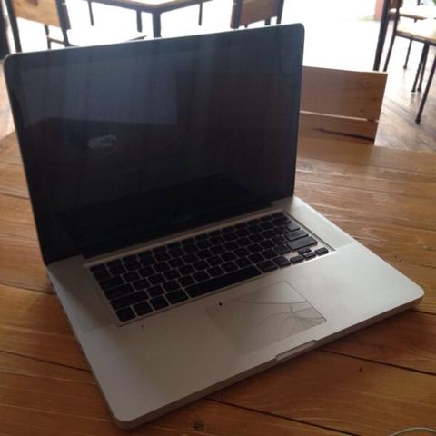 """Macbook Pro 15"""" Mid 2009 Core 2 Duo 2.66ghz 500gb HDD 6GB Ram malang"""