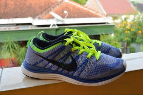 WTS NIKE RUNNING SHOES FLYKNIT LUNAR 1+ (2nd good condition)