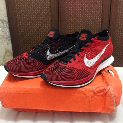 WTS NIKE FLYKNIT RACER UNIVERSITY RED SIZE 40