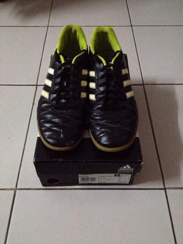 Adidas 11questra IN size 431/3 ORIGINAL gan..