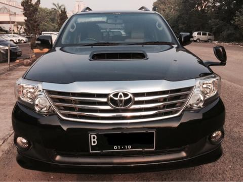 Toyota Grand Fortuner G VNT A/T 2013