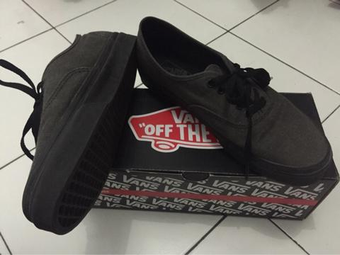 WTS : Vans Authentic Washed Black
